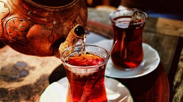 Bakanlık hepsini tek tek ifşa etti.İşte Çay'a boya katan Firmalar!