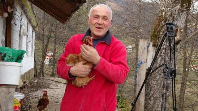Mühendisliği bıraktı, tavuk çiftliği kurdu: Siparişe yetişemiyor paraya para demiyor