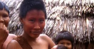 Doğu Amazon'daki kabile ilk kez görüntülendi!