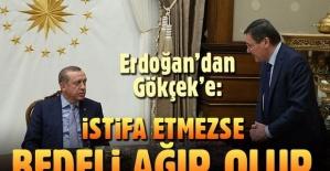 Cumhurbaşkanı Recep Tayyip Erdoğan: İstifaya direnmenin neticesi ağır olur. Masa altından sopa gösterdi