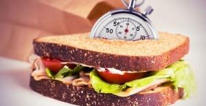 Hafta İçi İş Yerinde ya da Okulda Sağlıklı Beslenmeniz İçin Size Gereken 13 Pratik Tarif