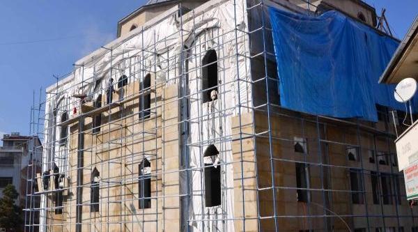 1000 Kişilik Cami Için Yardim Bekleniyor
