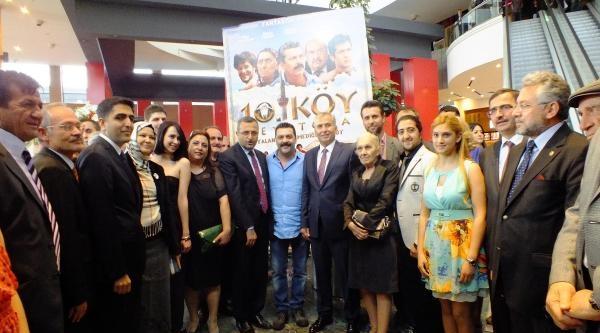 '10. Köy Teyatora'nın Galası Denizli'de Yapıldı