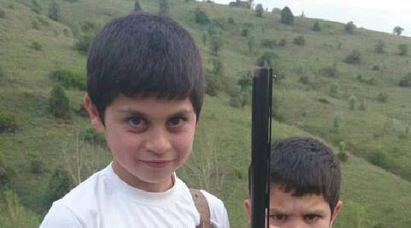10 Yaşındaki Çocuk Römorkta Asılı Bulundu