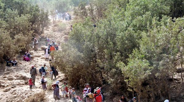 1500 Ezidi Daha Sınırı Geçip Uludere'ye Geldi