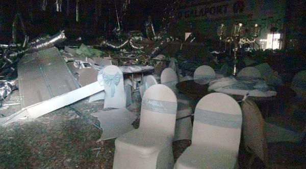 1500 Kişilik Düğün Yemeğine 2 Saat Kala Salonun Asma Tavanı Çöktü