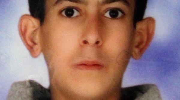 15 Yaşindaki Öğrenci, Yurtta Arkadaşi Ile Tartiştiktan Sonra Öldü