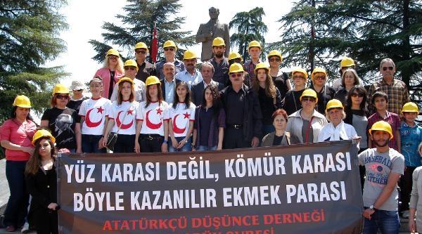 19 Mayıs Töreninde Soma'da Ölen Madenciler Anıldı