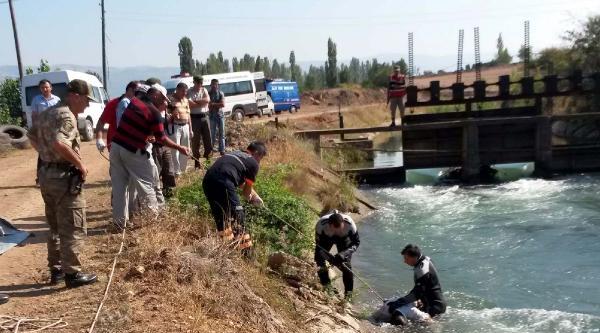 1 Haftadır Kayıptı, Cesedi Sulama Kanalında Bulundu