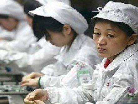 1 iPhone için 600 işçi çalışıyor