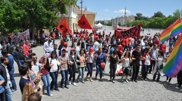 1 Mayıs Gaziantep'te Halaylarla Kutlandı