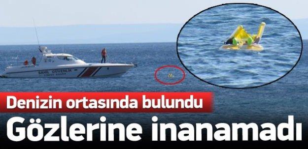Denizin ortasında bebeği görenler şoke oldu!