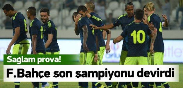 Fenerbahçe şampiyonu devirdi!