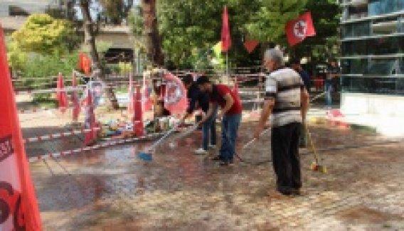 Suruç'taki patlama alanında kan izleri temizlendi