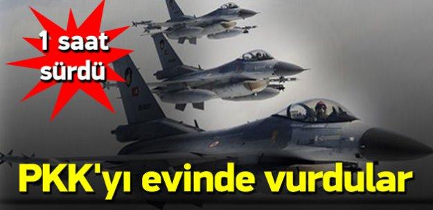 4 Türk F-16'sı PKK'nın mağaralarını vurdu