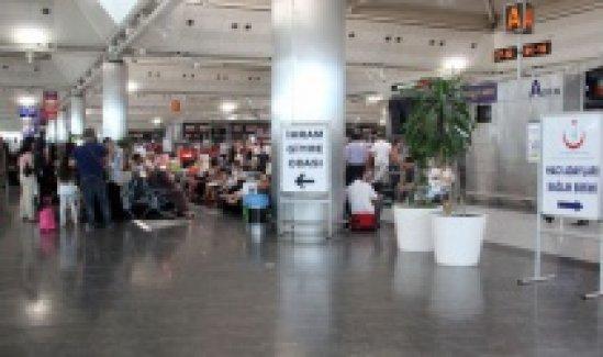 Atatürk Havalimanı hacı adaylarını bekliyor