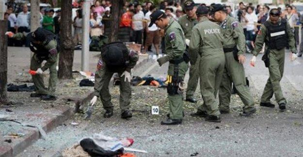 Bangkok'ta bir kez daha bomba paniği