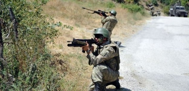 Bingöl'de çatışma! 2 terörist öldürüldü!