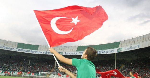 Bursaspor'dan teröre bayraklı protesto