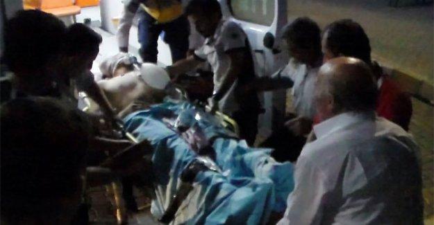 Çatışmada yaralanan 2 asker Van'da