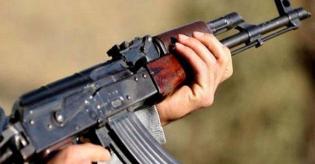 Elazığ'da PKK'lılar ile korucular çatıştı