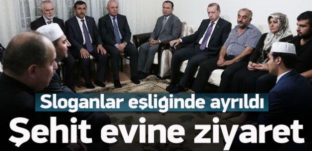 Erdoğan'dan şehit evine taziye ziyareti