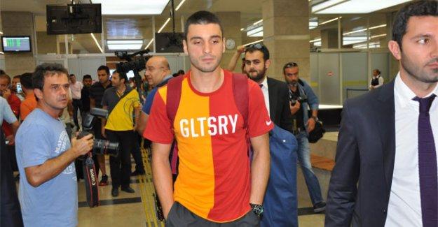 Galatasaray, Cenk Gönen'i açıkladı