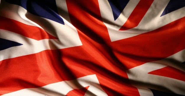 İngiltere'den İran'a büyükelçilik kararı