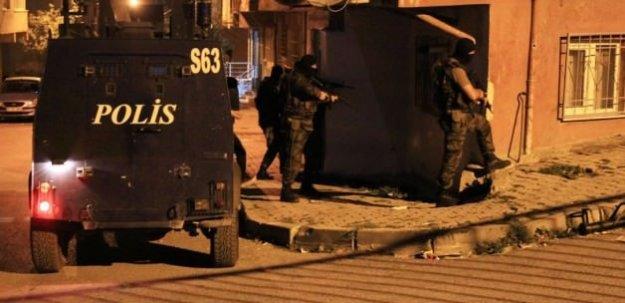 İstanbul'un 3 ilçesinde şafak operasyonu