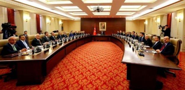 Kabinenin ilk sınavı: HDP'li 2 bakanı ne yapacak?
