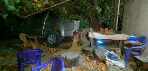 Kahreden olay! Babasının park ettiği araç öldürdü