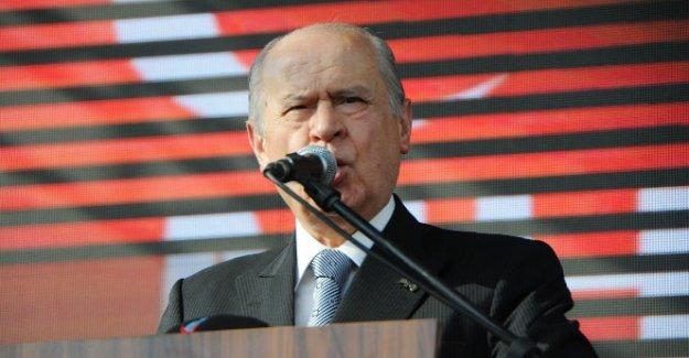 MHP lideri Bahçeli açıklama yapıyor