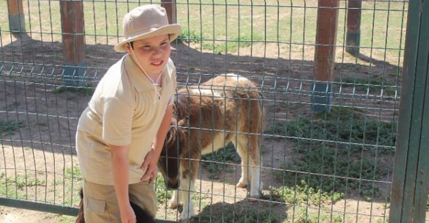 Otizmi hayvan sevgisiyle yenecek