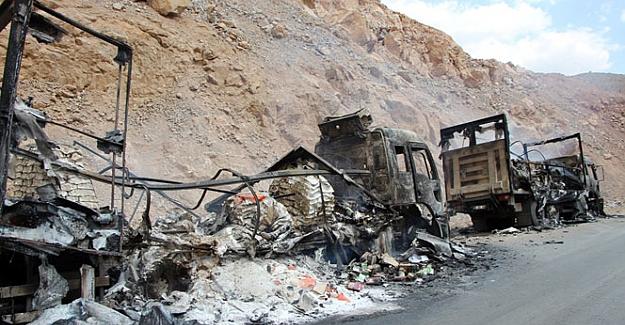 PKK yine araç yaktı!