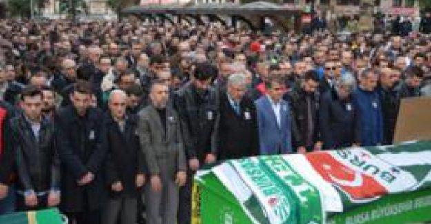 Şehit Asteğmen Aldülkerim Bayraktar kabri başında anıldı