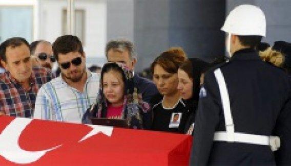 Şehit polis müdürü için İstanbul Emniyeti'nde tören