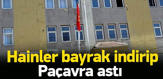 Silvan'da Türk bayrağını indirip PKK flaması astı