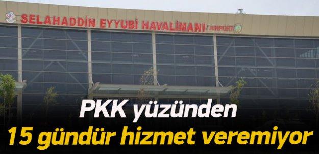 Terör olayları uçak seferlerini durdurdu