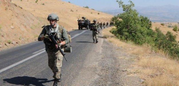 Terörister bu kez askeri lojmana saldırdı
