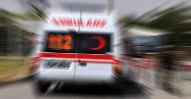 Vicdansızlar hasta çocuğu almaya giden ambulansa saldırdı!