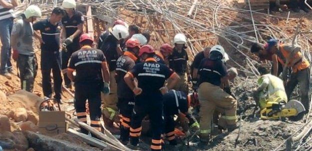 Viyadük inşaatında çökme! 4 işçi enkaz altında
