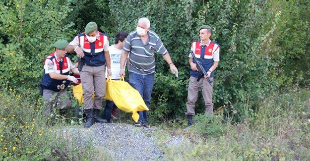 Bartın'da ormanlık alanda erkek cesedi bulundu