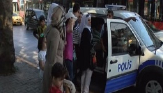 Beyoğlu'nda güpegündüz silahlı gasp