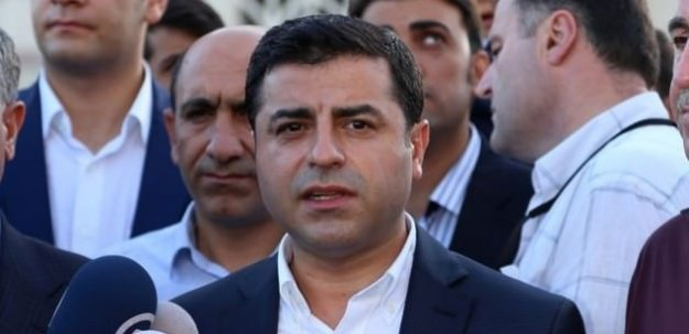 HDP'den Berlin'de AA'ya ambargo