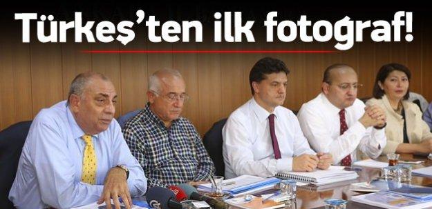 İlk kez AK Parti isminin altında görüntülendi
