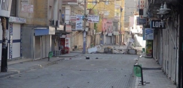 PKK Cizre'de 2 sivili öldürdü