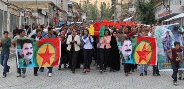 PKK tabutu taşıyan HDP'li vekile soruşturma