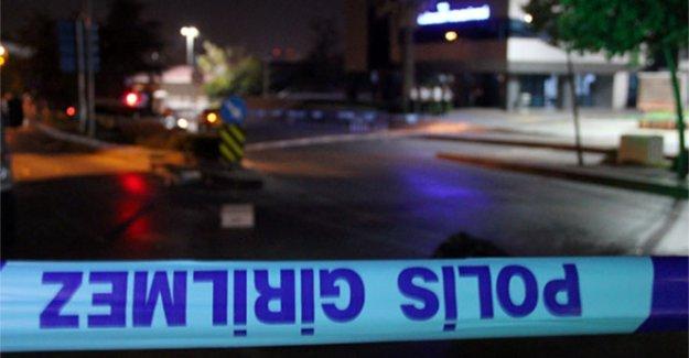 Polis aracına saldırı