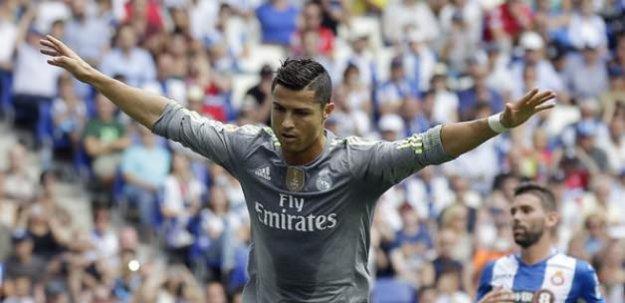 Ronaldo çıldırdı! Tarihe geçti!