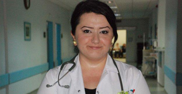 Şehit ailelerini duygulandıran doktor Türkiye'ye örnek oldu